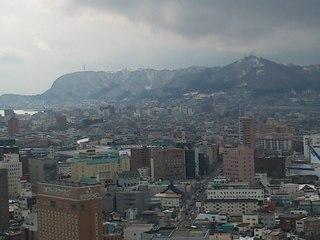 五稜郭から見た函館山.JPG